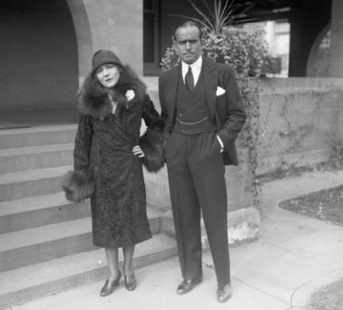 Mary Pickford and Douglas Fairbanks in Denver in 1926(credit: Denver Public Library)